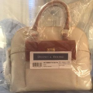 BRAND NEW! Dooney &Bourke Aubrey Satchel in Bone